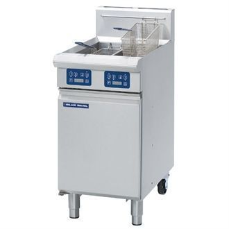 Blue Seal Evolution Vee Ray Twin Tank Fryer with Elec Controls Nat Gas450mm GT46E/N GK583-N